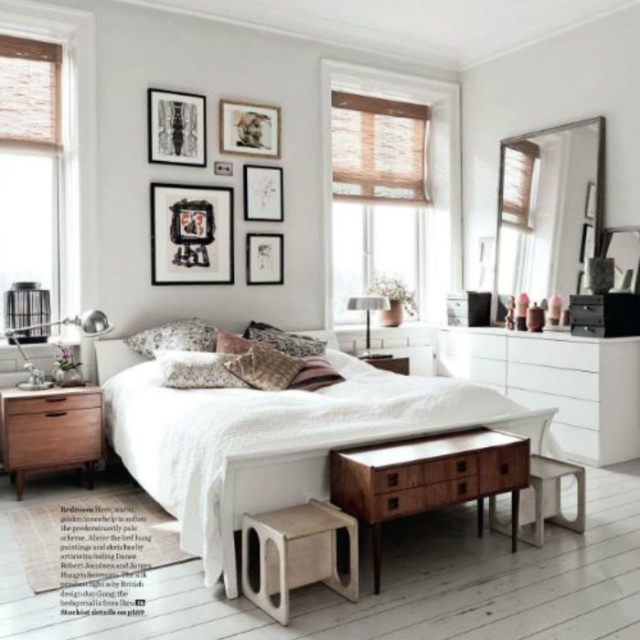 A los pies de la cama for Sillas para habitacion